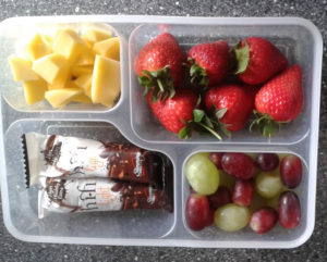Example Snack, Fruits and hifi bars